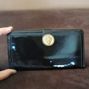 3578aa91300 Gucci Bags - Patent Leather Gucci Wallet